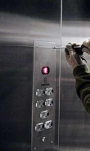 Empresa de reparo em elevador