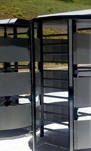 Porta giratória torniquete