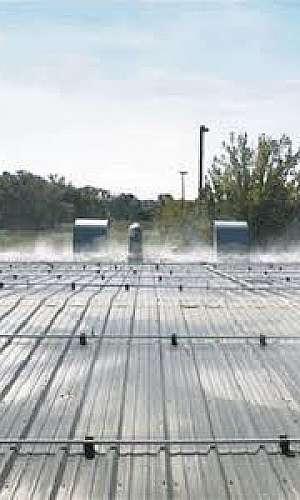 resfriar telhado com água