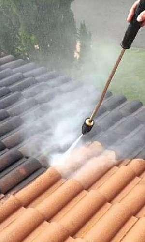 Serviço de lavagem de telhado