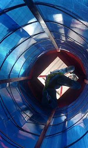 Treinamento para resgate em espaço confinado